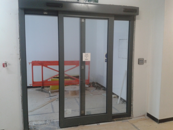 30 minute fire rated automatic door england united kingdom for Fire rated doors
